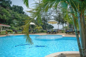 Khao Lak Sunset Resort,